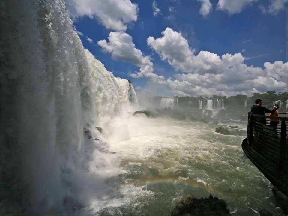 Автор: Карезина Н.В. Внутренние воды Южной Америки «Климат – отец вод» В. И.В...