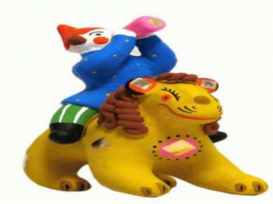 Из истории ДЫМКОВО Каждая дымковская игрушка – это ручная работа, которая сущ...