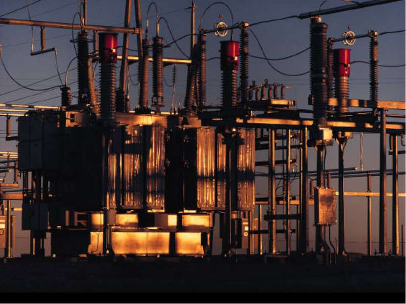 Но наука не только использует электроэнергию в своей теоретической и эксперим...